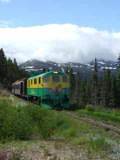 white pass train 240x320