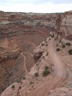 canyonlands shafer trail 240x320