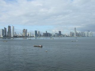 panama city like miama 320x240