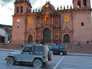 cuzco cathedral jeep 320x240