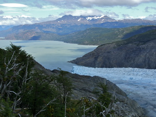 grey glacier end 320x240