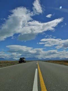 jeep road 240x320